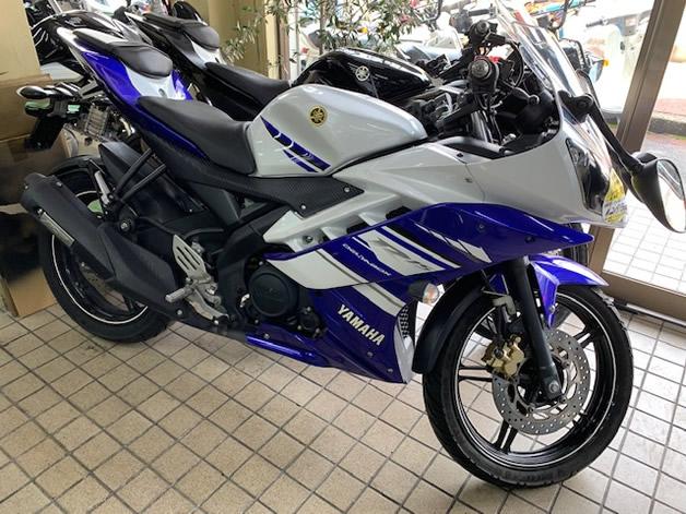 ヤマハ YZF-R15 ホワイト&ブルー